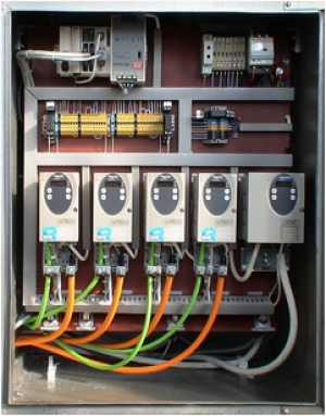 Монтажная панель блока управления установкой