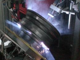 Сварка колеса на установке АС363