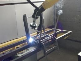 Сварка каркасов стульев Классик на робототехническом комплексе РК752